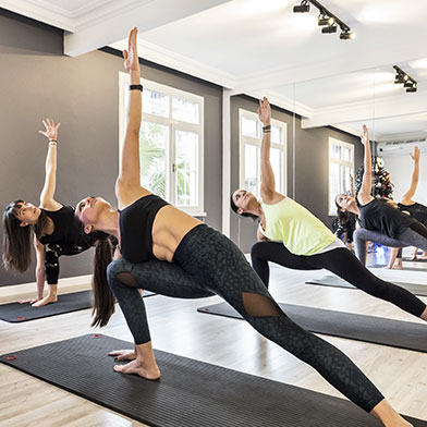 yoga2-kare-h