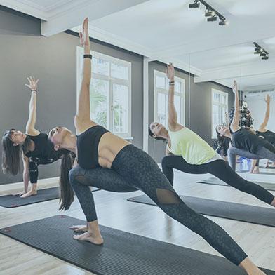 yoga2-kare